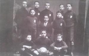 1922 - Tas Mektep 7. Sinif, Genclerbirliginin Cekirdegi