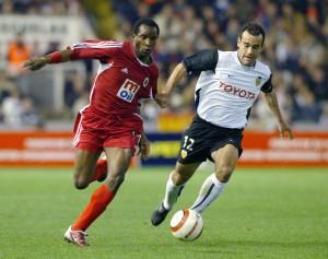 25.Mart.2004.UEFA.Kupasi.4.Tur.2.Mac.Valencia2-0Genclerbirligi -1-