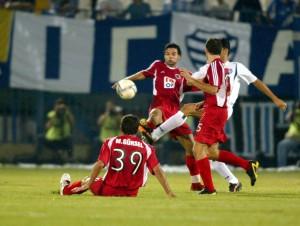 16.Eylul.2004.UEFA.Kupasi.1.Tur.1.Maci.Egaleo1-0Genclerbirligi -05-