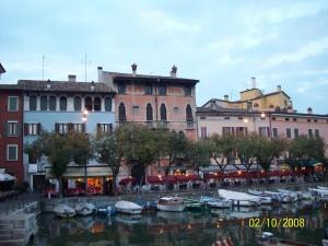 02 Ekim 2013 - Sirmione, Brecia, Italya -02-