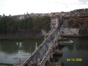 04 Ekim 2008, Tiber Nehri, Castel Sant'Angelo, Roma, Italya -01-