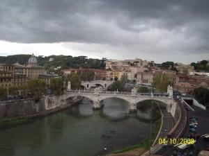 04 Ekim 2008, Tiber Nehri, Castel Sant'Angelo, Roma, Italya -02-