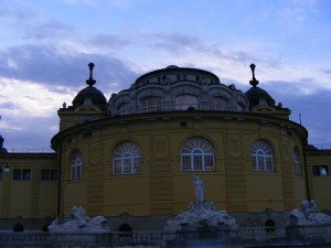 16 Haziran 2009 - Szechenyi Termal Hamam, Sehir Parki, Budapeste, Macaristan -04-