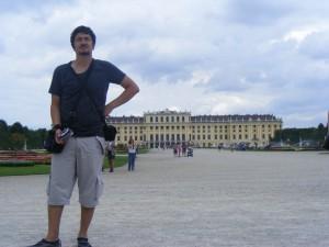 Mehmet Ali Cetinkaya - 19 Temmuz 2009 - Schonn Brunn Sarayi, Viyana, Avusturya -01-