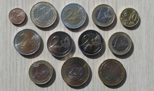 24 Aralik 2013 - Gidilen Yila Ait, Ulke Paralari Koleksiyonu -Arka Yuz-