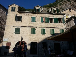 14 Temmuz 2015, Old Town Hostel East Wing, Kotor, Kardag