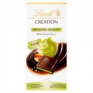 Lindt - Pistachio Delight with Almond Pieces
